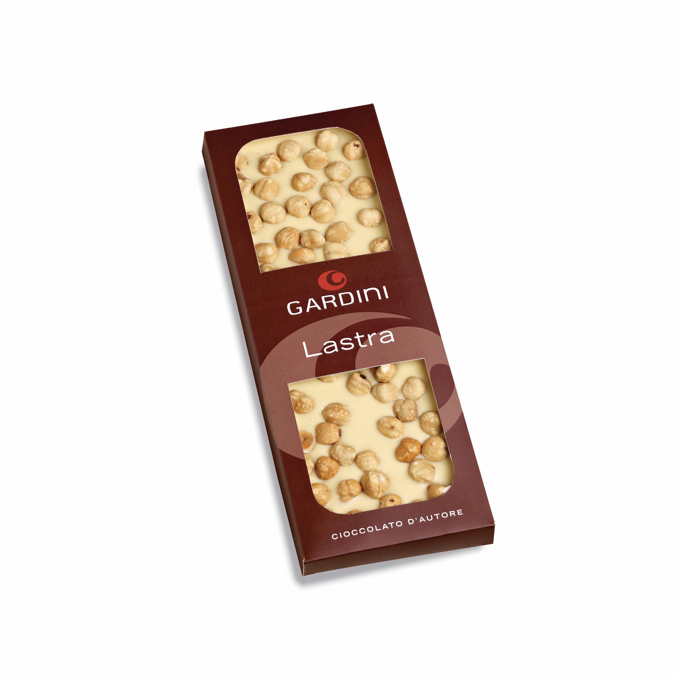 Quot Lastra Quot Cioccolato Bianco Con Nocciole Gardini Cioccolato